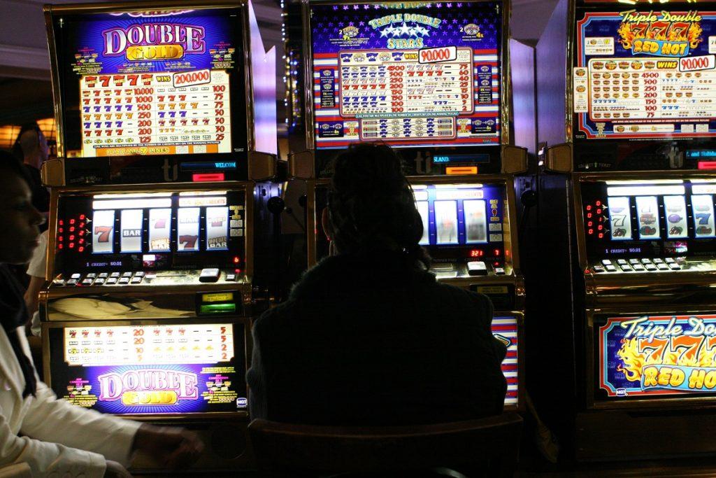 Игровые автоматы бесплатно онлайн с кредитом 5000